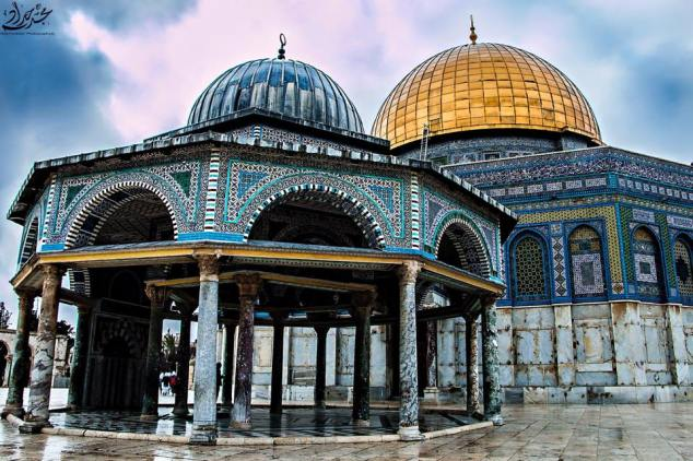 Dome of the Rock and replica. Photo Credit: Majd Hadad.